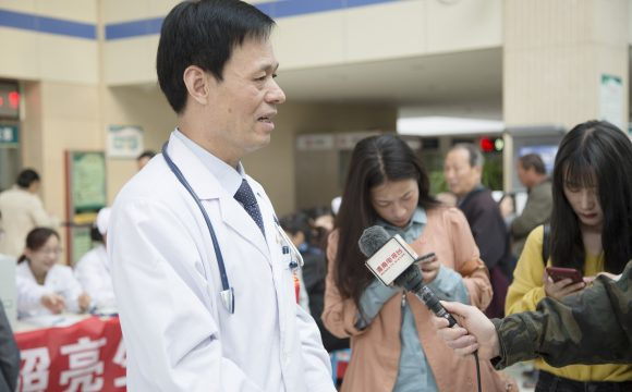 全国高血压日义诊活动,渭南万余患者受益